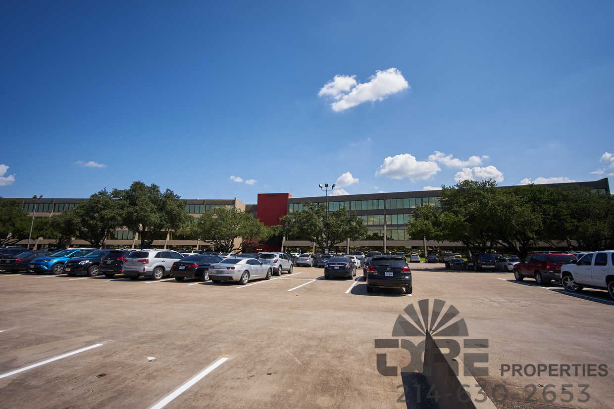 8700 N Stemmons Fwy surface parking
