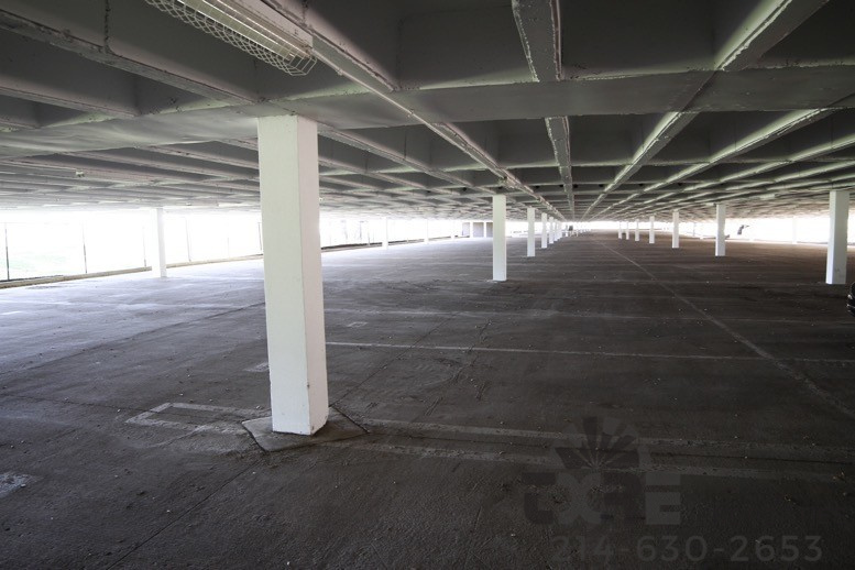 8700 N Stemmons Fwy covered parking
